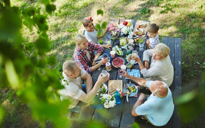 Italian family picnic - The Proud Italian