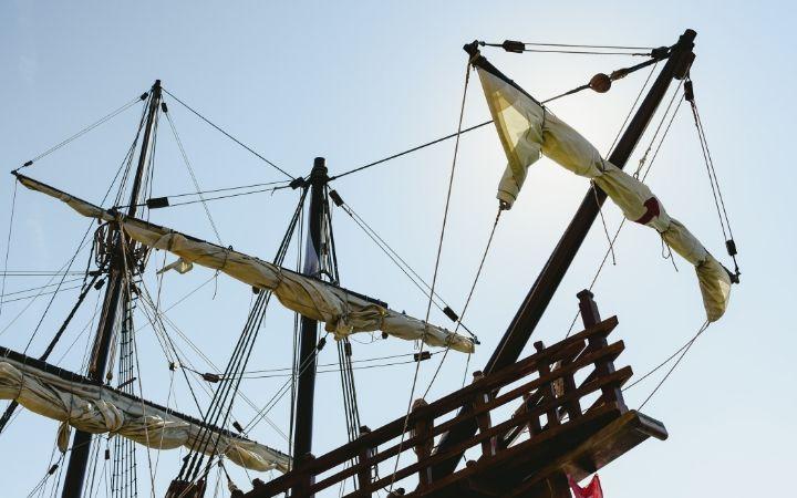 Famous Italian explorers, replica of Santa Maria Boat - The Proud Italian