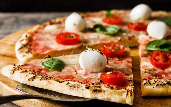 Italian cuisine and pizza - The Proud Italian
