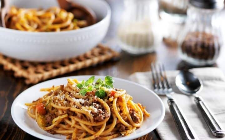 Pasta dinner, can be one of the activities of Italian American social clubs - The Proud Italian