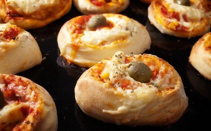Pizzette, Italian antipasti - The Proud Italian