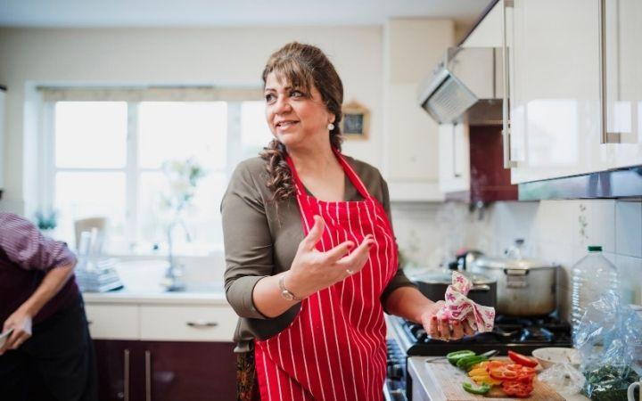 Italian Mom Cooking, Mammoni, Italian mama's boy - The Proud Italian