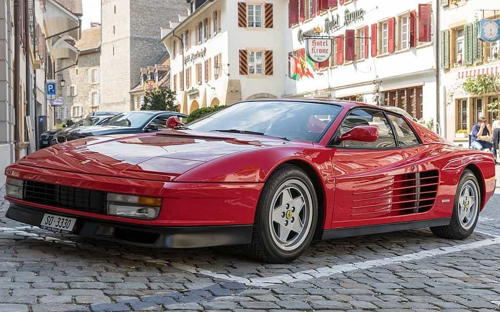 Ferrari Testarossa, The Most Beautiful Italian Sports Cars - The Proud Italian