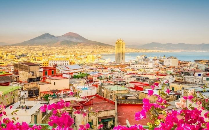 Naples, What Are The 5 Regions of Italy - The Proud Italian