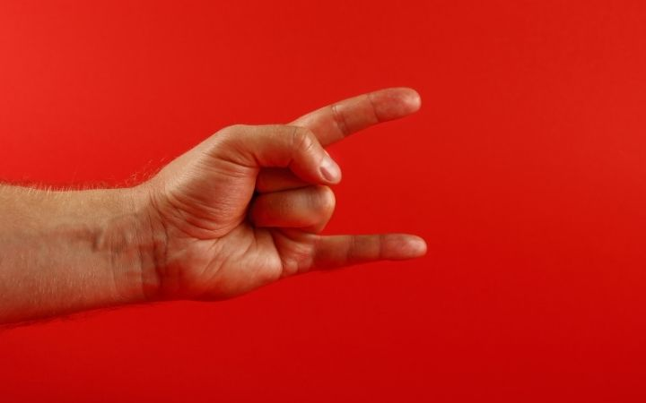 """Anti-evil Eye/ Horns"" Gesture, Italian Hand Gestures Your Friends Should Know - The Proud Italian"