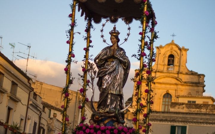Feast of Immaculate Conception, Italian Christmas Traditions - The Proud Italian