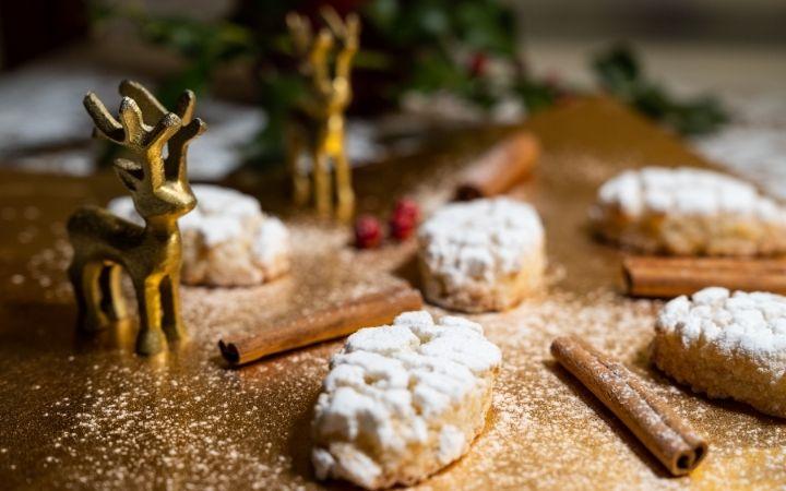 Italian Christmas Desserts  - The Proud Italian