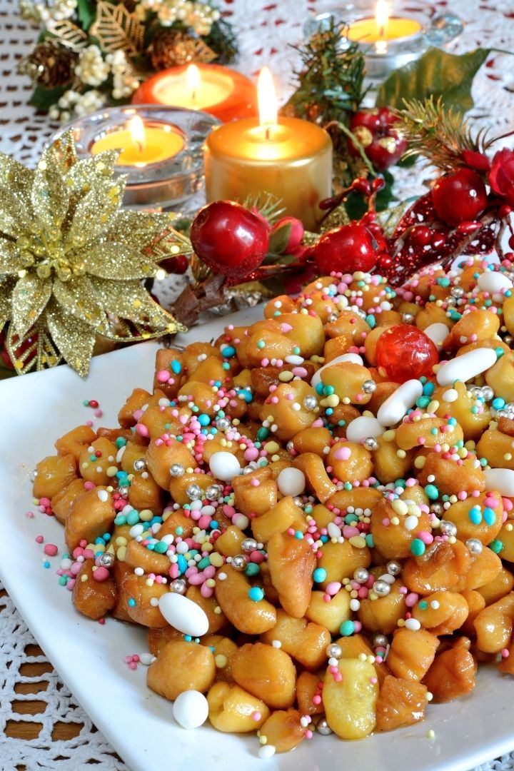 Struffoli, Italian‌ ‌Christmas‌ ‌Desserts‌ ‌And‌ ‌How‌ ‌To‌ ‌Make‌ ‌Them‌ ‌- The Proud Italian
