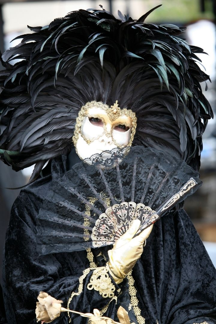 Black queen carnival mask, Why you need to plan your next trip to the Venice Carnival - The Proud Italian