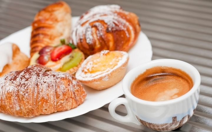 Coffee and pastry, Getting to know the different types of Italian Coffee Drinks - The Proud Italian