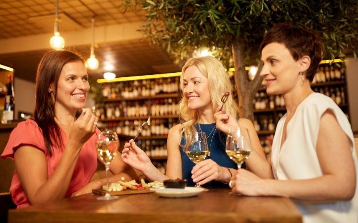 Enoteca, Mi Scusi! Free Wine Fountain in Italy - The Proud Italian