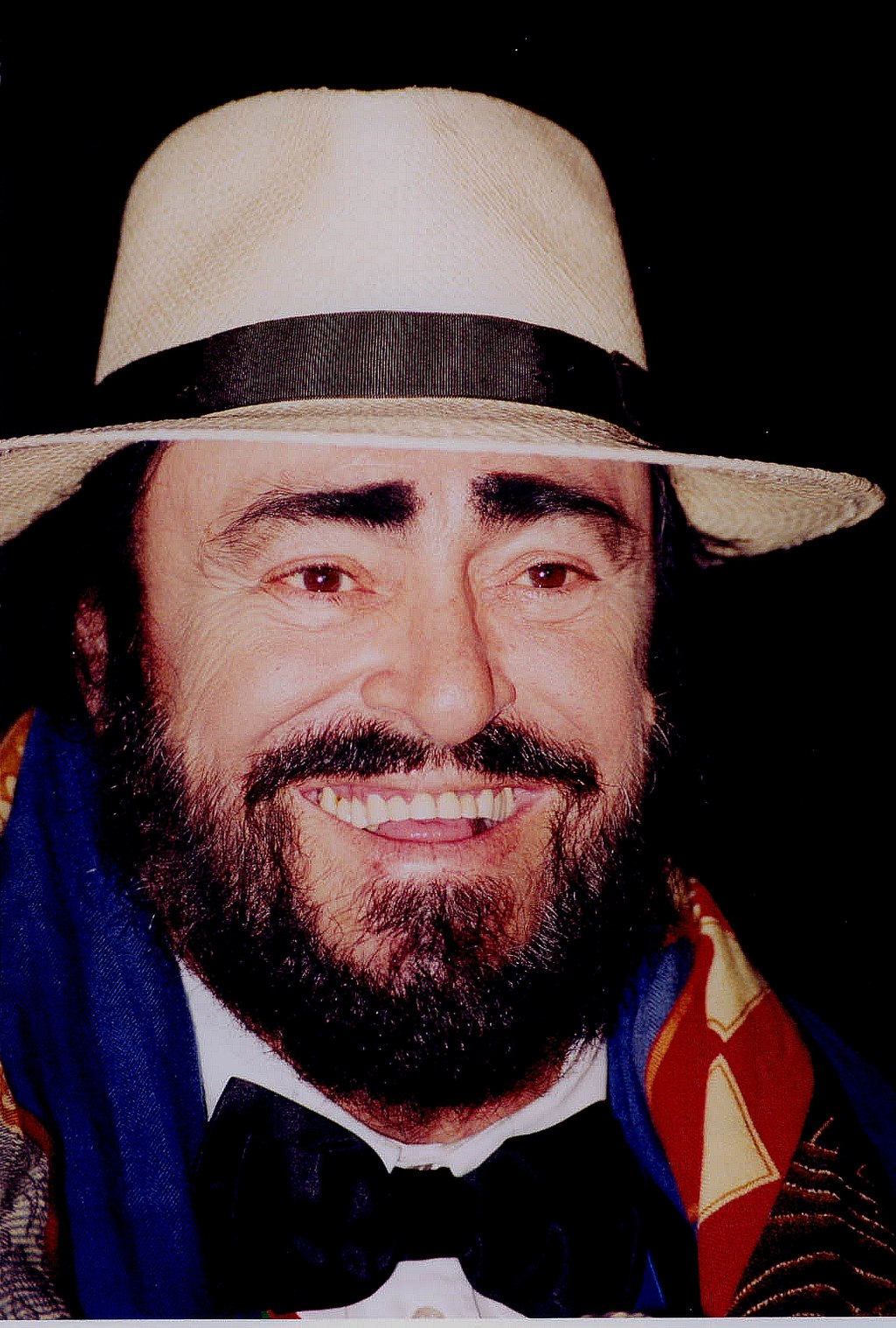 Luciano Pavarotti, Italian Music from the Ears to the Soul - The Proud Italian