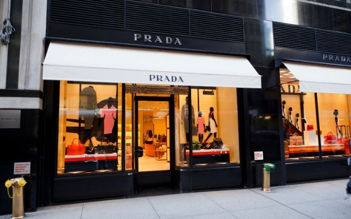 Prada Store, A Girl's Guide to Italian Fashion - The Proud Italian