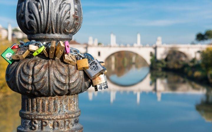 Love locks on Ponte Milvio bridge - The Proud Italian