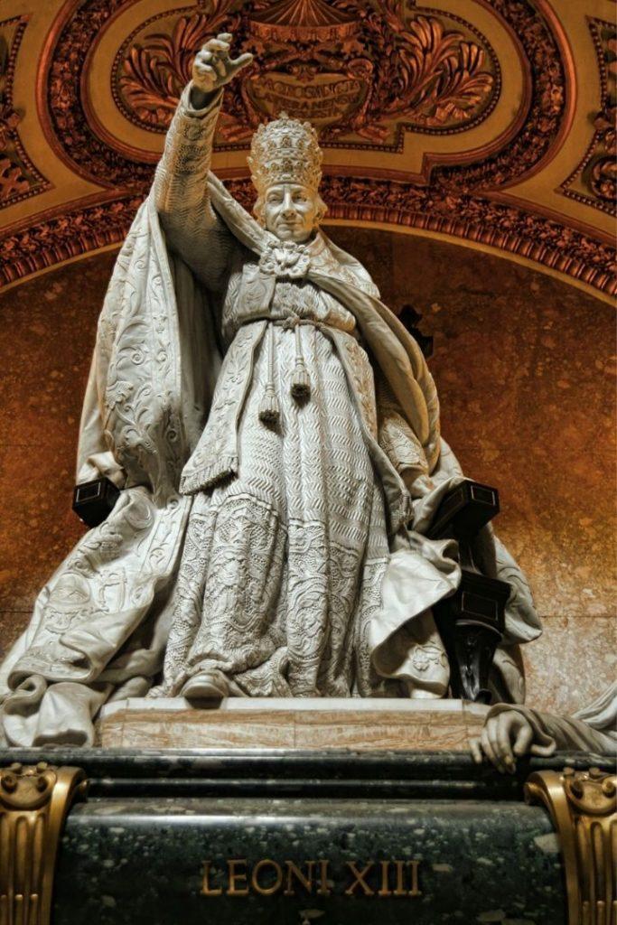 Pope Leo IX statue - The Proud Italian