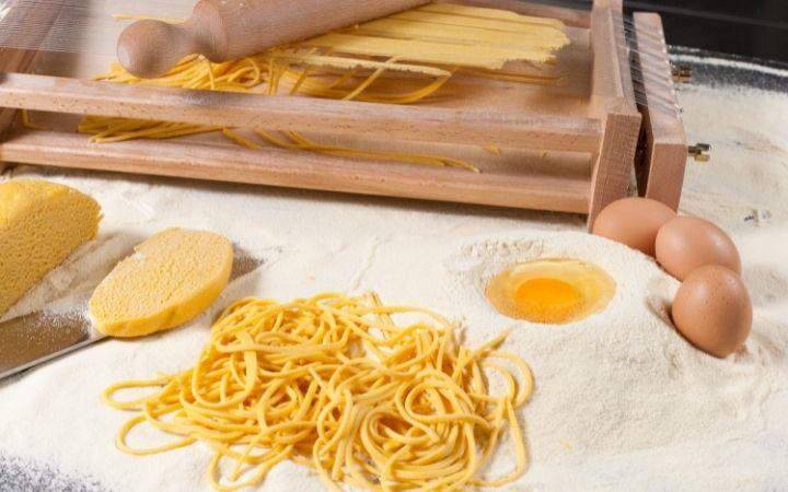 Chitarra, Italian kitchen utensils - The Proud Italian