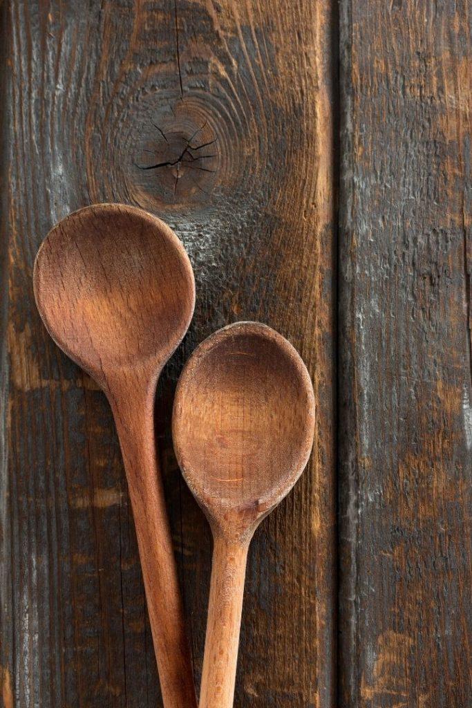 Wooden spoons, Italian kitchen utensils - The Proud Italian